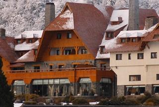 02-Hotel-El-Casco_slide00