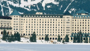 Fairmont-Lake-Louise_slide-01