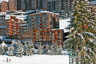 AVORIAZ-ClubMed_slide-01